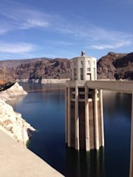 5 Ways a Freelance Copywriter Can Make You a Rock Star image HooverDam LakeMead2 225x300