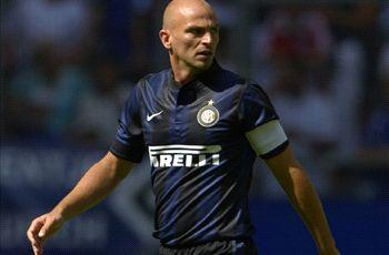 Cambiasso: Italians are not racist, they just sing songs to get a reaction