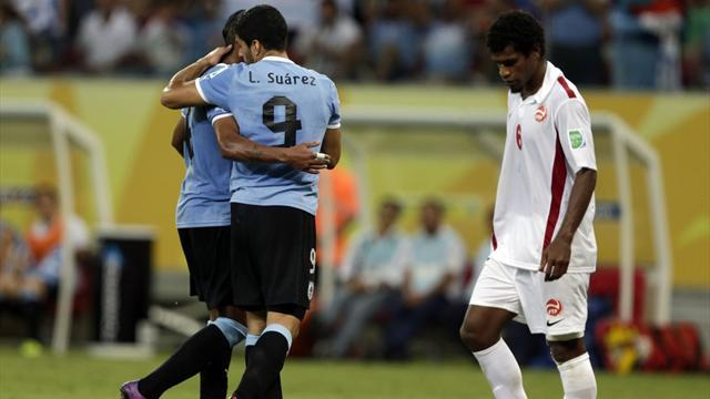 Confederations Cup - Suarez becomes Uruguay's all-time leading scorer in Tahiti romp