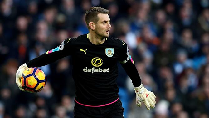 PHOTO: Burnley Goalkeeper Tom Heaton Receives Long Overdue Upgrade on FIFA 17
