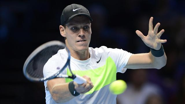 ATP World Tour Finals - Berdych stays alive as Tsonga crumbles