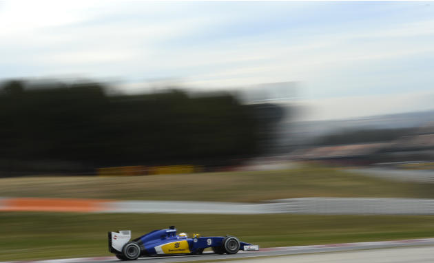 Marcus Ericsson of Sweden and Sauber F1 steers his car, during the 2015 Formula One testing at the Barcelona Catalunya racetrack in Montmelo, Spain, Thursday, Feb. 26, 2015. (AP Photo/Manu Fernandez)