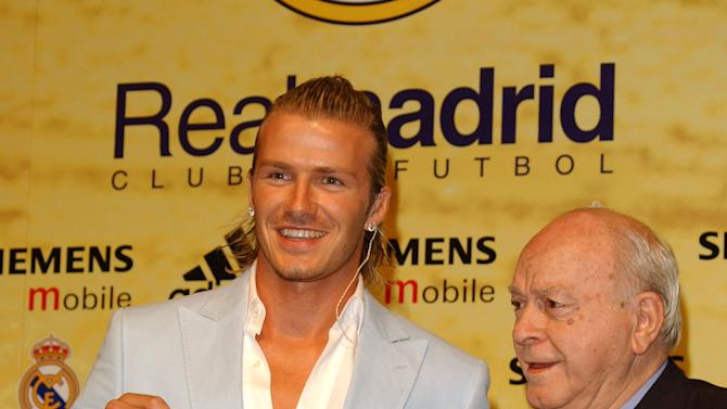 David Beckham Presented as New Player of Real Madrid