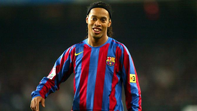 Ronaldinho open to helping Chapecoense, but has South American, European and MLS offers