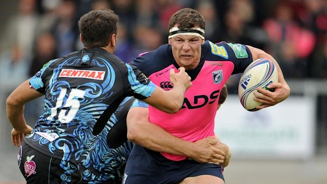 Are you watching Mr Schmidt? Copeland stars in Toulon shock job