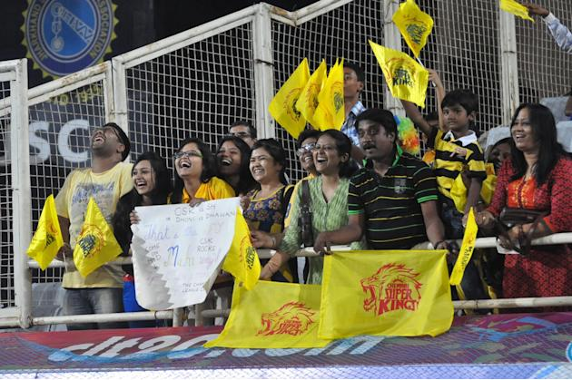 Cricket fans cheer during the Champions League T20, 10th match, Group B, between Chennai Super Kings and Sunrisers Hyderabad t JSCA International Cricket Stadium, Ranchi on Sept. 26, 2013. (Photo: IAN