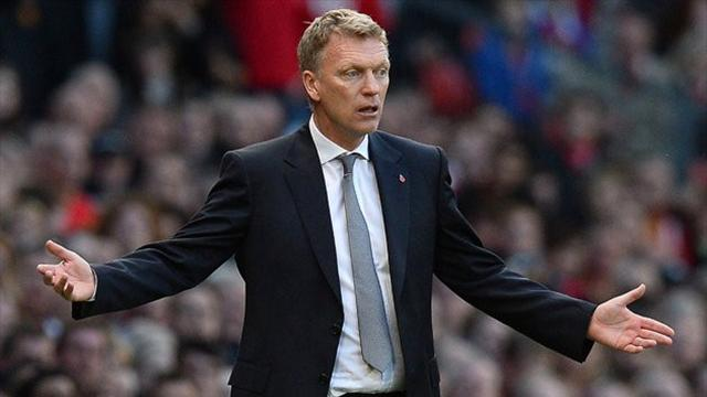 Premier League - Moyes: Talk about the referees, not Young diving
