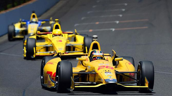 Motorsports - Hunter-Reay holds off late charge to win Indy 500
