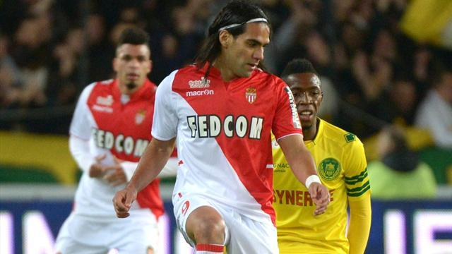 Ligue 1 - Monaco's Falcao fit again after thigh injury