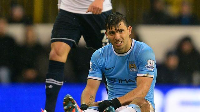 Premier League - Injured Aguero not rushing City return