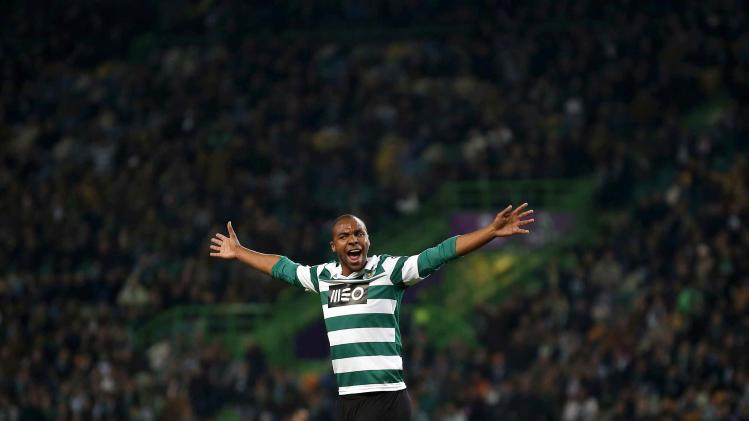 Sporting's Eduardo celebrates his goal against Belenenses during their Portuguese Premier League soccer match in Lisbon