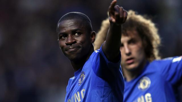 World Cup - Apologetic Chelsea seek to salvage Ramires' Brazil career