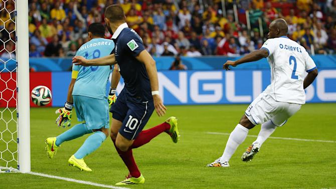 World Cup - Goalline technology helps France ease past Honduras