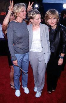 Premiere: Ellen DeGeneres, Anne Heche and Melissa Etheridge have their dignified moment playfully spoiled by Julie Cypher at the LA premiere for Eyes Wide Shut Photo by Jeff Vespa/Wireimage.com Melissa Etheridge