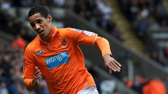 Championship - Ince penalty wins it for Blackpool