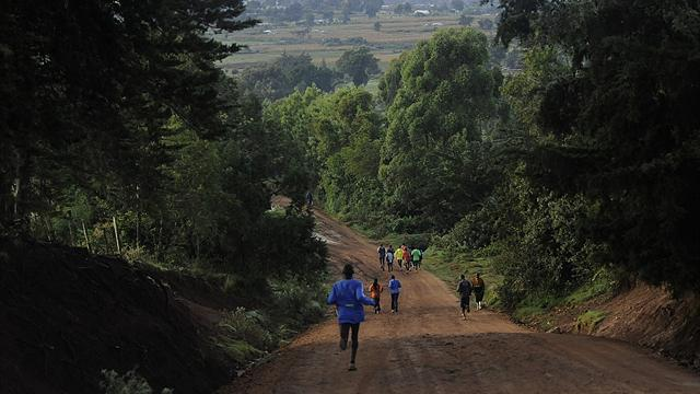 Athletics - Foreign runners shun Kenya due to election violence fears