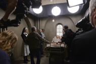 Exclusive Behind the scenes images from American Horror Story. Sister Jude, played by Jessica Lange gets a taste of her own medicine in this scene.
