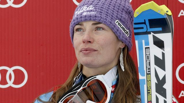 Alpine Skiing - Maze gets death threats as Fenninger wins Super-G