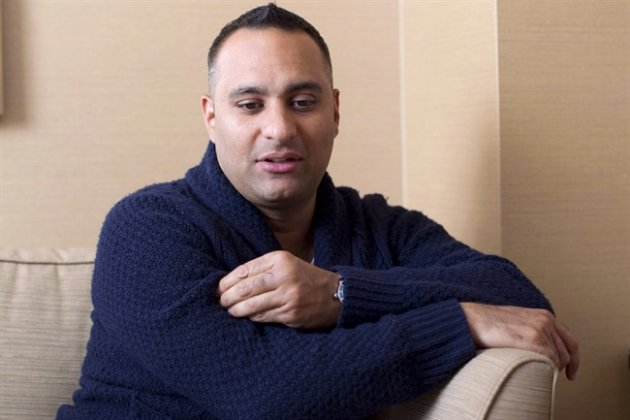 "Comedian Russell Peters promotes his ""Notorious"" World tour in Toronto on Wednesday June 13, 2012. Peters is accusing incoming ""Daily Show"" host Trevor Noah of stealing his material. THE CANADIAN PRESS/Chris Young"