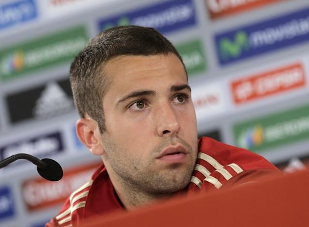 'I'll rip your head off!' Spain's Jordi Alba fires verbal volley at reporter