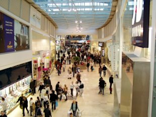 How to Lure Shoppers back to Retail Stores? image Retail Stores1 600x450