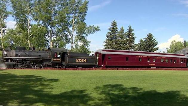 Heritage Park luxury dining car service on hold after wheel problem