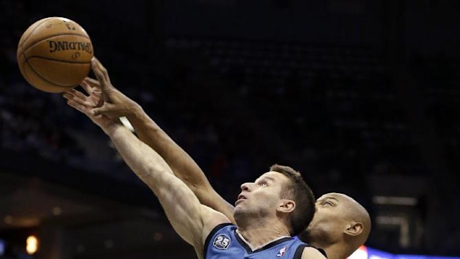 Love and 3s help Timberwolves rout Bucks 117-95