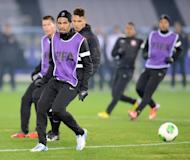Corinthians defender Wallace (front) takes part in a team training session in Yokohama on December 15, 2012. Corinthians were the first undefeated winners of the Copa Libertadores since 1978