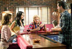 Cougar Town | Photo Credits: Michael Yarish/TBS