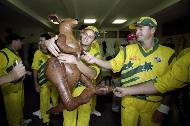 Adam Gilchrist and Mark Waugh