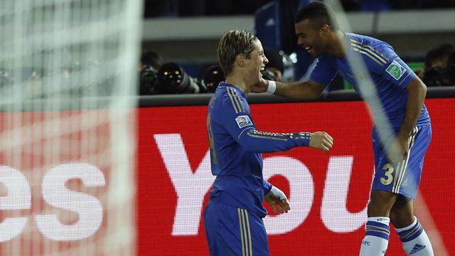 World Football - Torres impresses as Chelsea reach Club World Cup final