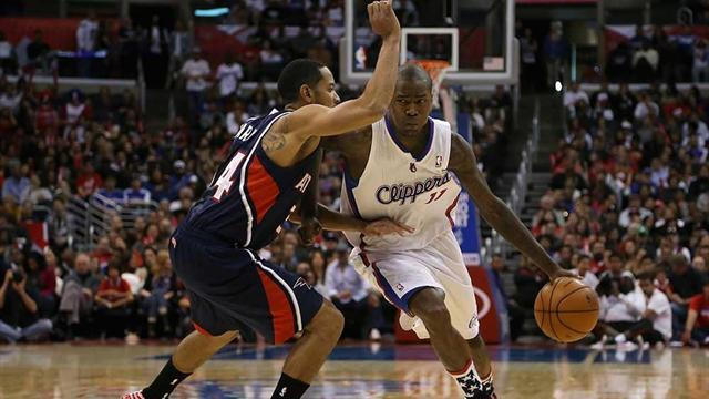 Basketball - Clippers down Hawks with late flourish
