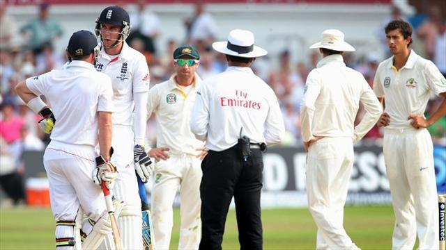 Ashes - England's Broad stands his ground on decision to not walk