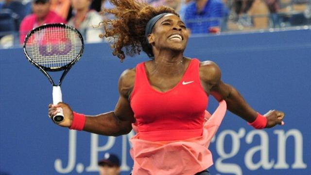 US Open - Williams shows no signs of fading, matches Federer