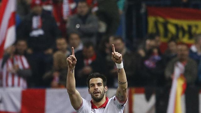 Liga - Negredo double keeps Sevilla dreaming of Europe