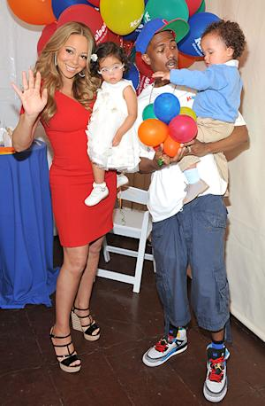 "Mariah Carey, Nick Cannon Celebrate ""Family Day"" With Twins"