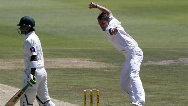 Cricket - Pakistan bowled out for record low 49 in South Africa