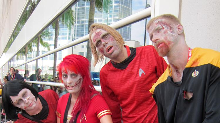 Zombie Starfleet officers - San Diego Comic-Con 2012