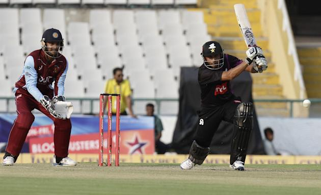 Faisalabad Wolves captain Misbah-ul-Haq in action during the Champions League T20, 5th match between Faisalabad Wolves and Kandurata Maroons at Mohali stadium, Chandigarh on Sept. 20, 2013. (Photo: IA