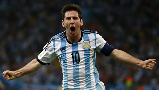 World Cup - Messi strikes as Argentina edge to Bosnia win