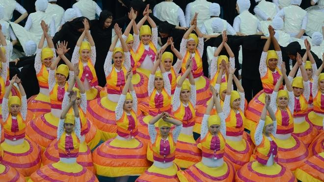 Dancers Perform AFP/Getty Images
