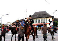 Knights on horses: Punggawa Kepatihan or men with horses were appointed to lead the parade. (