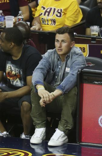 All eyes on Johnny as Manziel practices with Browns