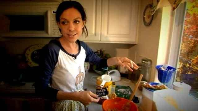 Anorexic Bakes to Gain Control Over Food