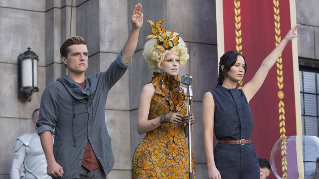 Josh Hutcherson, Elizabeth Banks and Jennifer Lawrence in 'Catching Fire' (Photo: Lionsgate Films)