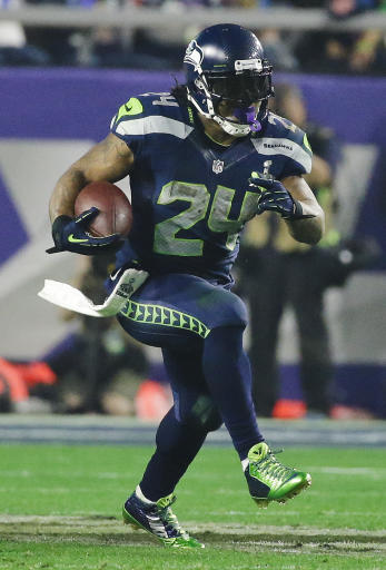 Lynch returning to Seahawks with new contract