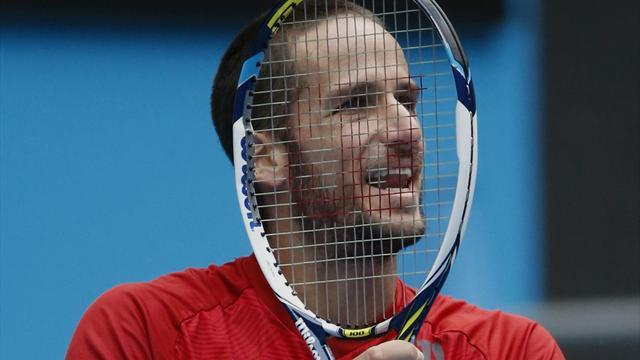 Tennis - Lopez recovers from slow start to beat Querrey