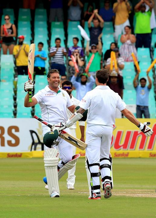 South African cricketer Jacques Kallis celebrates his century during the 4th Day of the Second Test match between India and South Africa played at Kingsmead Stadium in Durban on Dec.29, 2013. (Photo: