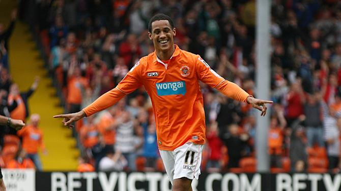 Tom Ince hit a brace as Blackpool crushed Ipswich