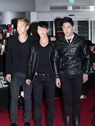 [Photo] Super Junior's Si Won, Dong Hae, and Kang In at VIP Premiere of 'Berlin'
